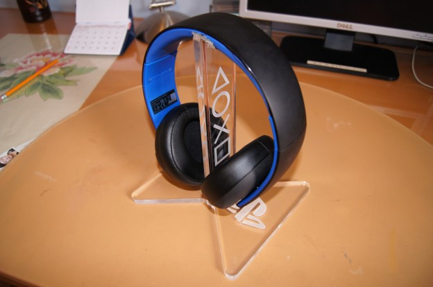 Recharging Stand For Playstation Gold Wireless Headset